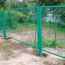Забор сетка рабица в уголках