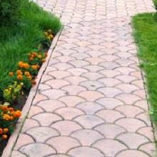 Красивая тротуарная садовая плитка